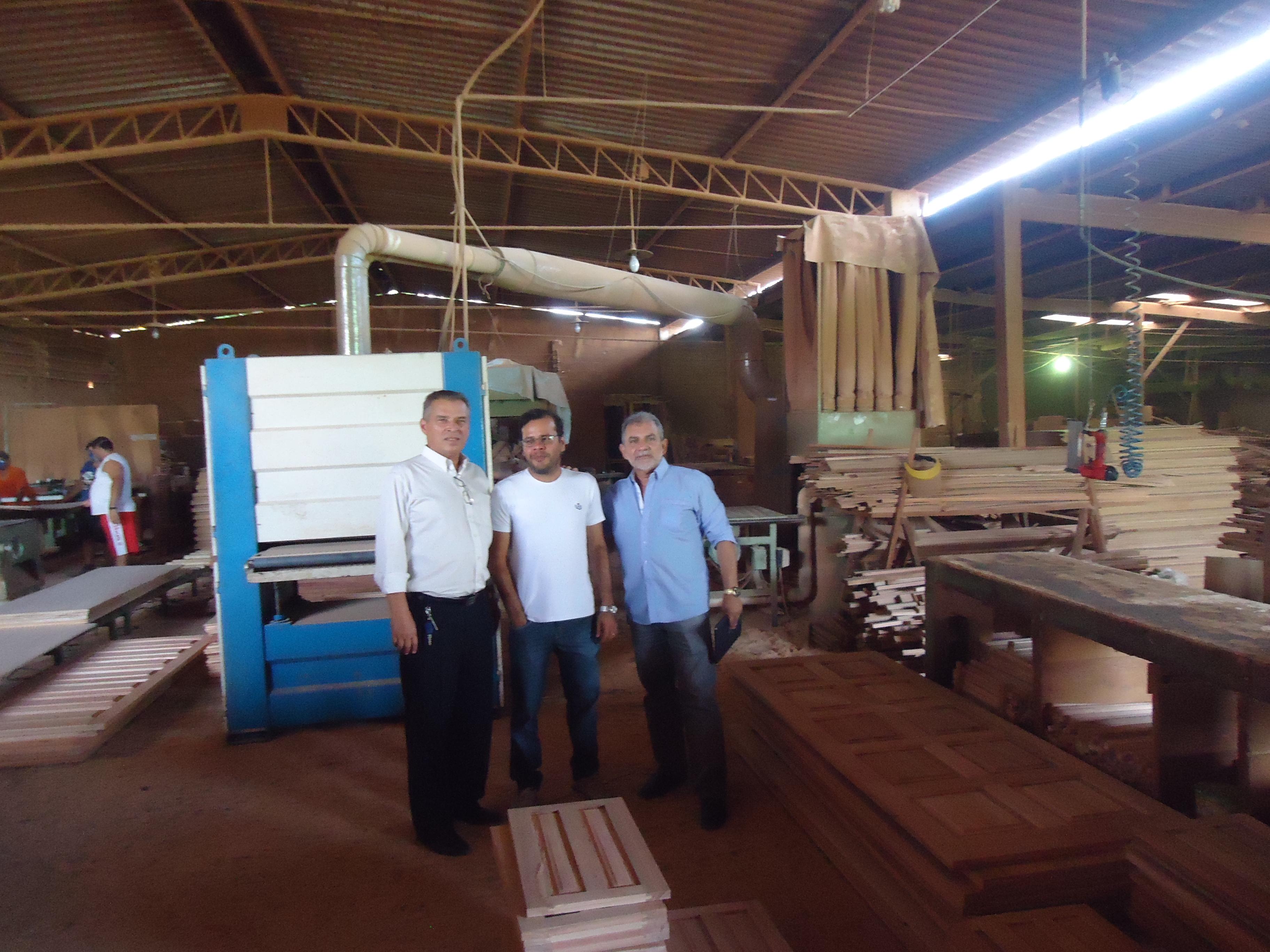 Visita a Empresa Associada - RUMAL - RUFINO MADEIRAS LTDA - Diretor- Sr. José Fernando M. Ferreira
